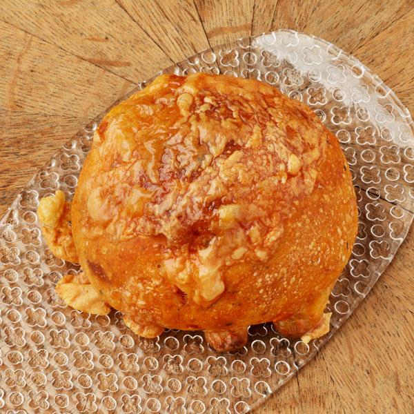 ドライトマトとチーズのパン